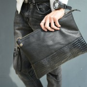 Man Black Leather Faux Crocodile Skin Hand Carry Sling Envelope Clutch Hand Bag mc500 YH2