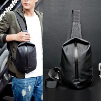 Man Black Nylon Chest Pouch Bag Men Crossbody Beg Cool Stylish Sling Bag MC570 RD3